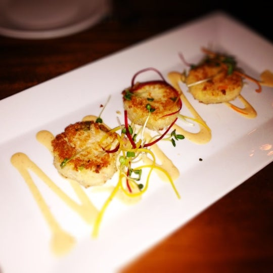 Crab cakes are small but delicious.
