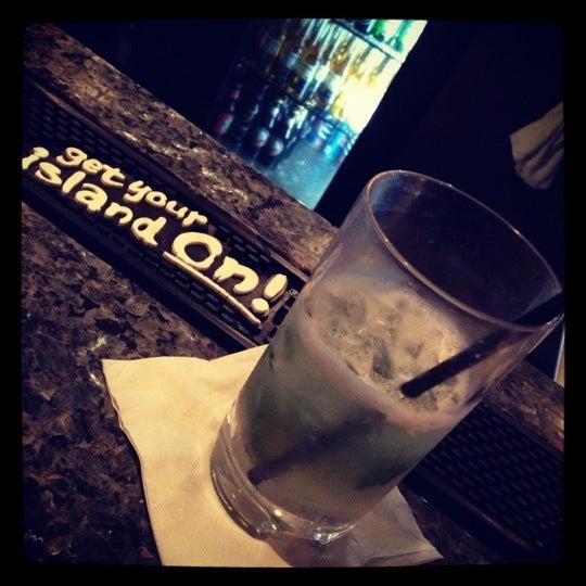 Снимок сделан в Solas Lounge & Rooftop Bar пользователем Dave . 2/24/2012