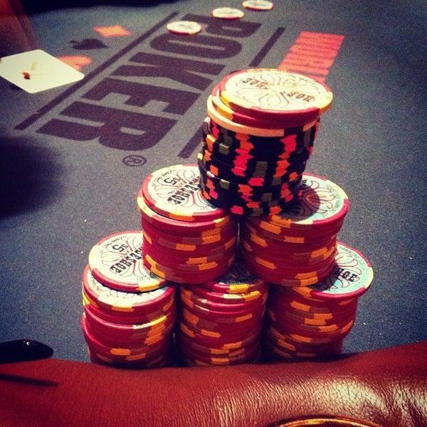 รูปภาพถ่ายที่ Horseshoe Hammond Casino โดย Charles L. เมื่อ 6/4/2012