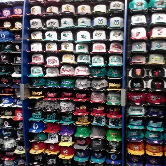a85e6a05e2060 Lids - Accessories Store in Downtown Indianapolis