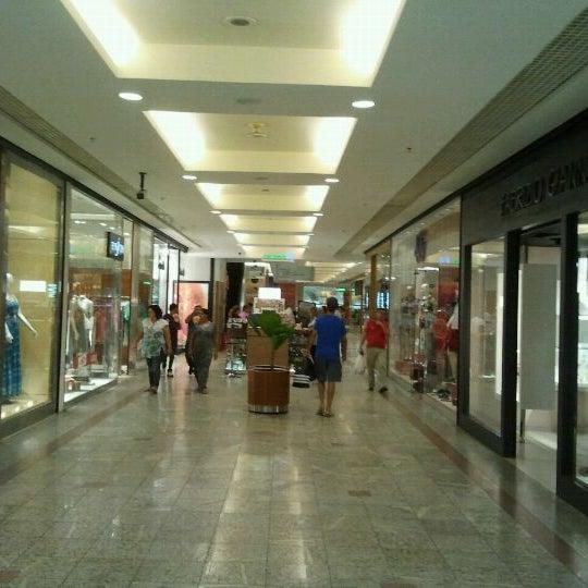 1/27/2012 tarihinde Reginaldo Vieira I.ziyaretçi tarafından Goiânia Shopping'de çekilen fotoğraf