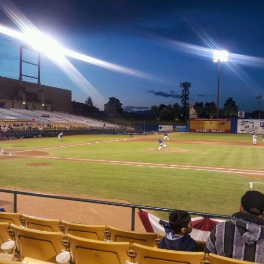 Photo prise au Cashman Field par Matthew R. le4/12/2012