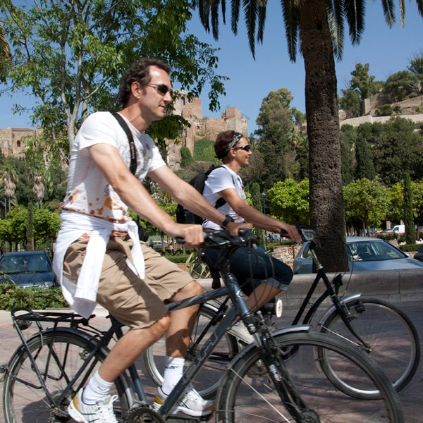 just few meters away from the Plaza de la Merced, they got a plenty of bikes and daily guided tour on bikes in Malaga.