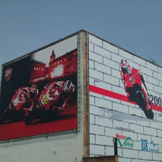 9/3/2011 tarihinde Luca A.ziyaretçi tarafından Ducati Motor Factory & Museum'de çekilen fotoğraf