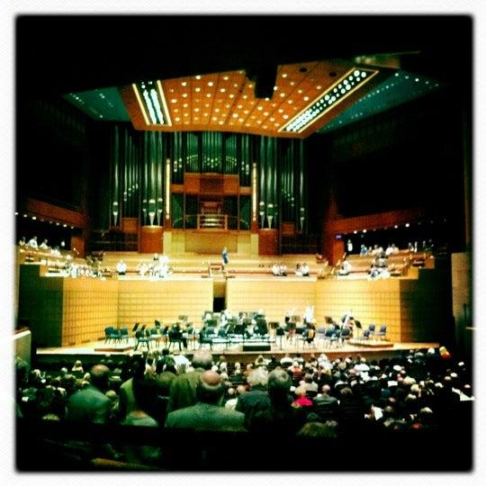 Foto tirada no(a) Morton H. Meyerson Symphony Center por Daniel S. em 5/6/2012