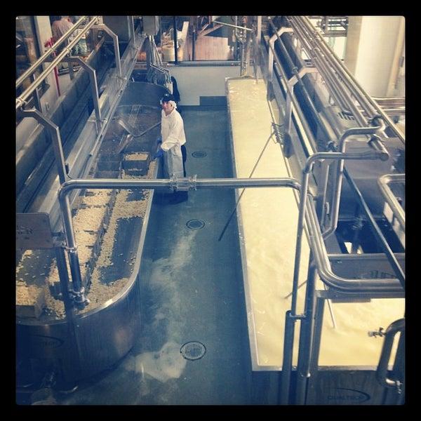 8/28/2012에 Ryan J. D.님이 Beecher's Handmade Cheese에서 찍은 사진