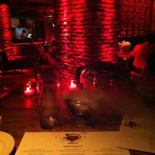 Foto tomada en Lolita Cocina & Tequila Bar por Kaitlyn S. el 7/21/2011