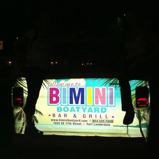 Photo prise au Bimini Boatyard Bar & Grill par Anita M. le11/29/2011