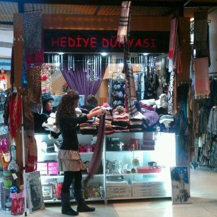 รูปภาพถ่ายที่ Pendorya โดย Mehmet B. เมื่อ 1/8/2012
