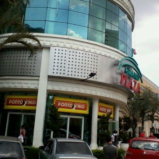 Das Foto wurde bei Grand Plaza Shopping von Glauber R. am 12/23/2011 aufgenommen