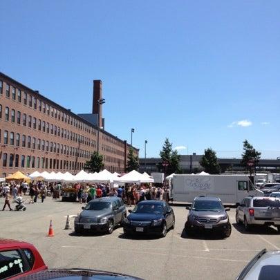 Foto tirada no(a) South End Open Market @ Ink Block por Rosemarie S. em 7/22/2012