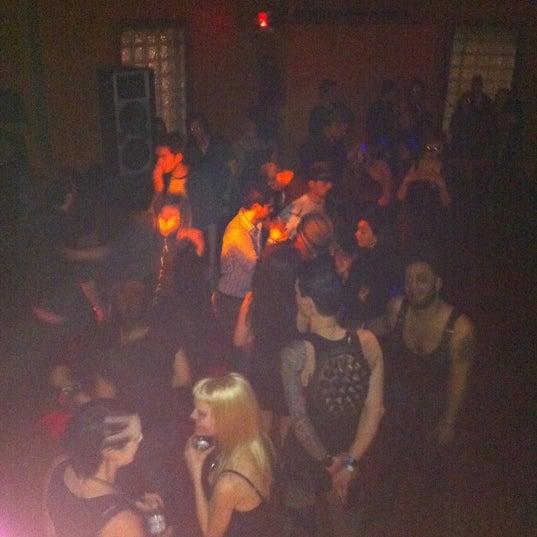 รูปภาพถ่ายที่ Das Bunker โดย Bea Witching B. เมื่อ 1/19/2012