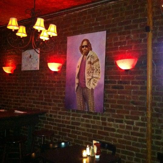 Foto tirada no(a) Bar Nine por Ivan C. em 3/24/2012