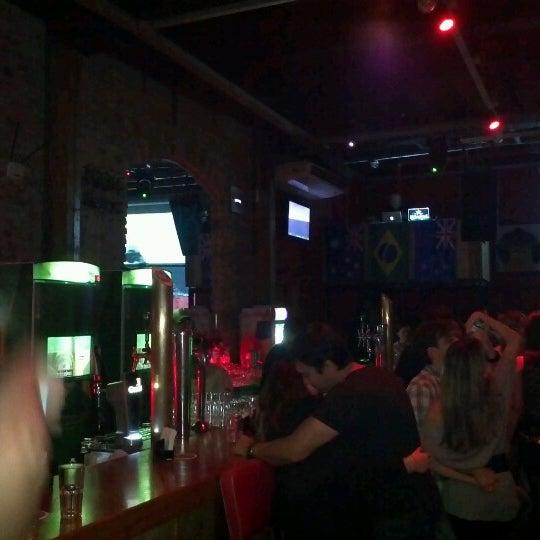 7/7/2012にAnaがOzzie Pubで撮った写真