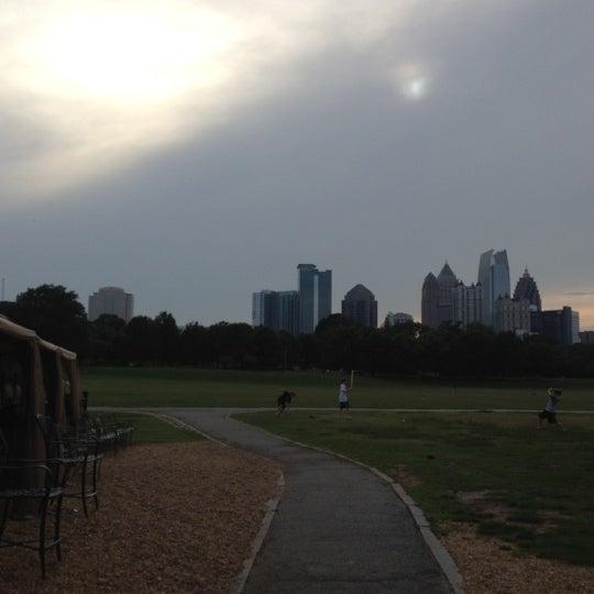 Photo prise au Park Tavern par Melina B. le6/14/2012