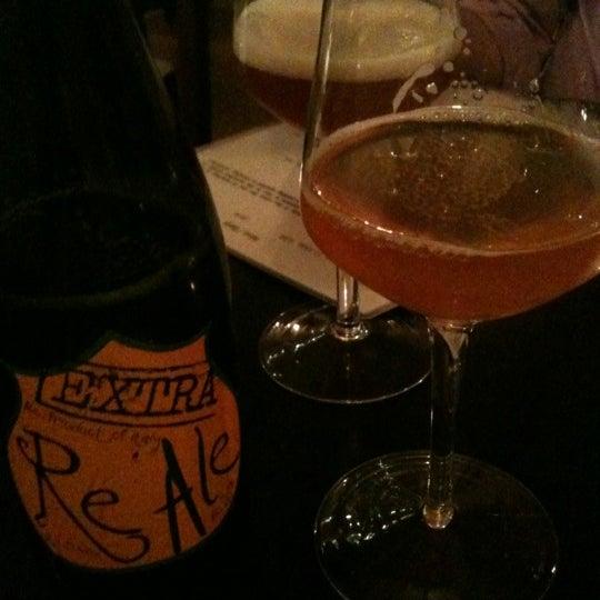 รูปภาพถ่ายที่ Sottocasa Pizzeria โดย Hiroko เมื่อ 5/11/2012