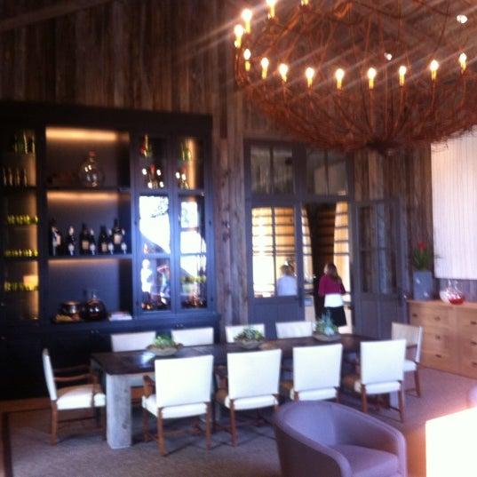 รูปภาพถ่ายที่ Ram's Gate Winery โดย Michael M. เมื่อ 4/30/2012
