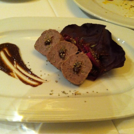 Foto diambil di Asitane Restaurant oleh Aysegul A. pada 3/3/2012