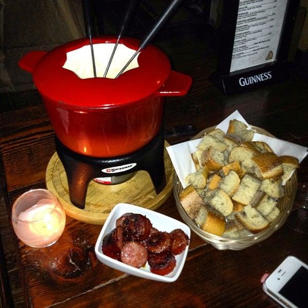2/12/2012에 Alberto C.님이 RaR Bar에서 찍은 사진