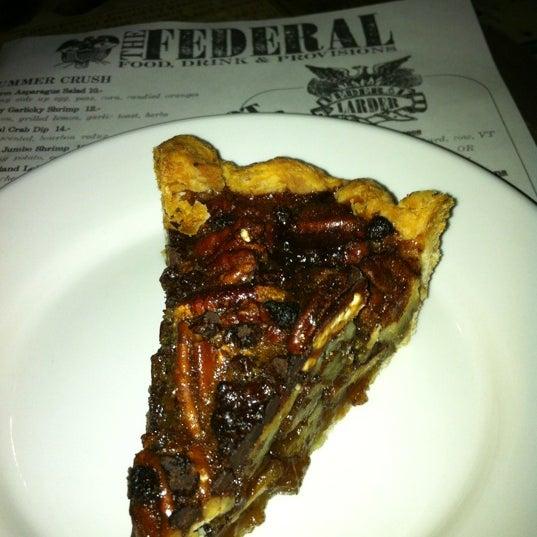 Foto tirada no(a) The Federal Food Drink & Provisions por T.J. S. em 7/27/2012