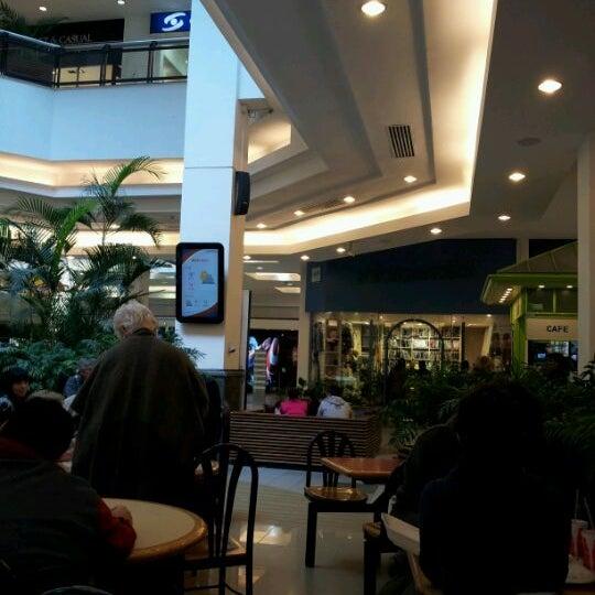 Das Foto wurde bei Portones Shopping von Diego L. am 4/29/2012 aufgenommen