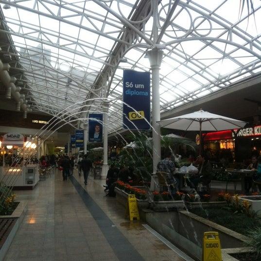11/1/2011 tarihinde Dorian G.ziyaretçi tarafından Shopping Estação'de çekilen fotoğraf