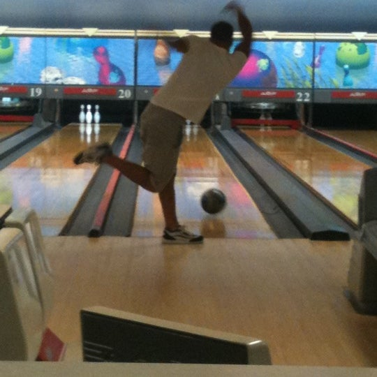 Manahawkin bowling