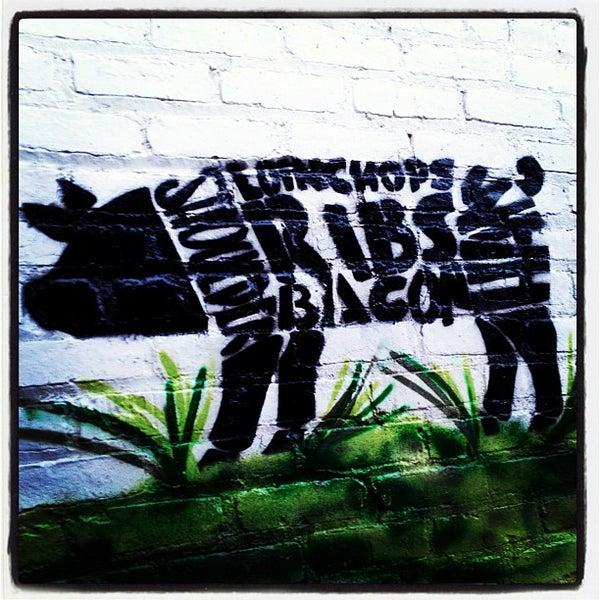 Photo prise au Butcher Bar par S. Zachariah S. le6/15/2012
