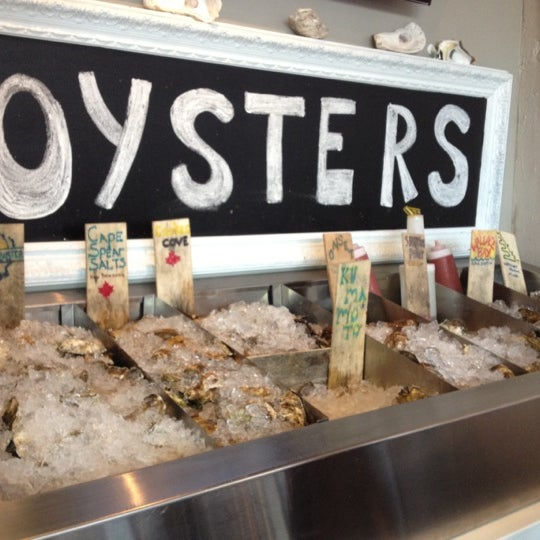 Photo prise au Henlopen City Oyster House par Jeffrey A. le8/29/2012