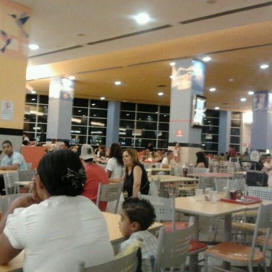 12/22/2011 tarihinde Rafael O.ziyaretçi tarafından Shopping Center Penha'de çekilen fotoğraf