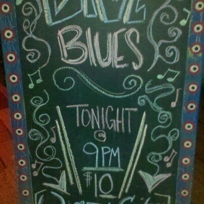 Foto diambil di House of Blues oleh Maya D. pada 8/31/2012