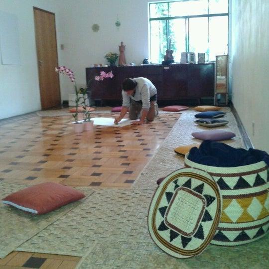 รูปภาพถ่ายที่ Casa Jaya โดย Melina Beatriz R. เมื่อ 6/23/2012