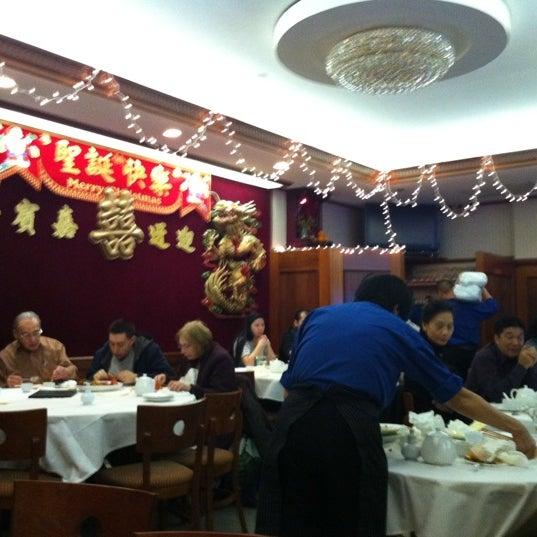 12/25/2010에 David S.님이 Oriental Garden 福臨門海鮮酒家에서 찍은 사진