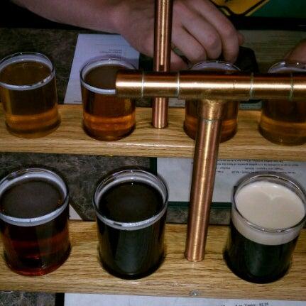 Снимок сделан в Saugatuck Brewing Company пользователем Sara D. 6/29/2012