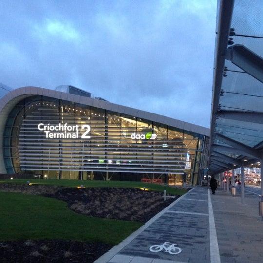 Foto tirada no(a) Aeroporto de Dublin (DUB) por Sid B. em 1/3/2012