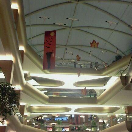 Das Foto wurde bei A Plus Ataköy von B. M. am 11/9/2011 aufgenommen