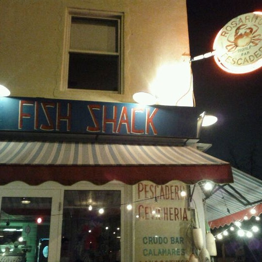 Photo prise au Rosarito Fish Shack par Mahesh P. le12/29/2011