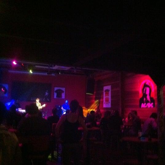 Foto tomada en Ozzie Pub por Sebastião R. el 8/29/2012