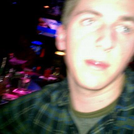 3/5/2011에 George D.님이 Sneaky Pete's에서 찍은 사진