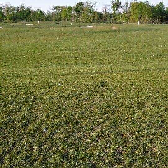 Foto tomada en 1757 Golf Club por Robin S. el 4/27/2012