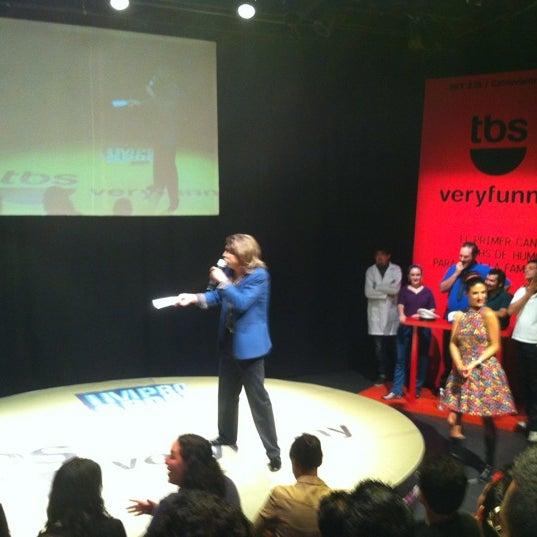 รูปภาพถ่ายที่ Foro Shakespeare โดย Paco G. เมื่อ 4/13/2012