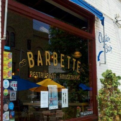 Photo prise au Barbette par Stacey P. le7/13/2012