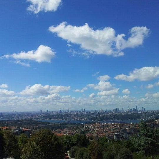 Foto scattata a Desde Cafe & Restaurant da Tunca İ. il 9/1/2012