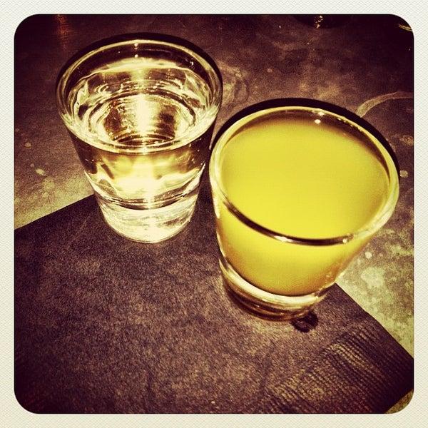 8/30/2012にApril Joy C.がTrophy Barで撮った写真