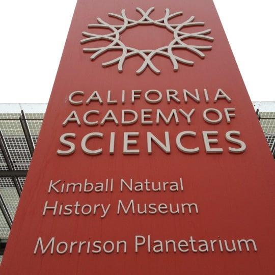 รูปภาพถ่ายที่ California Academy of Sciences โดย Eric C. เมื่อ 7/16/2012