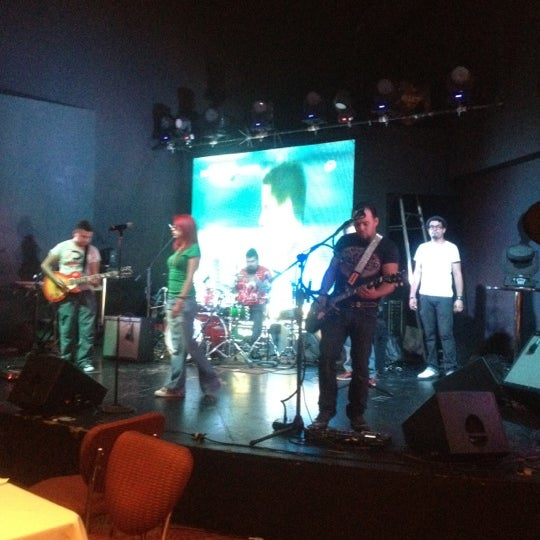 Das Foto wurde bei Casino Life von Carlos A. am 4/27/2012 aufgenommen