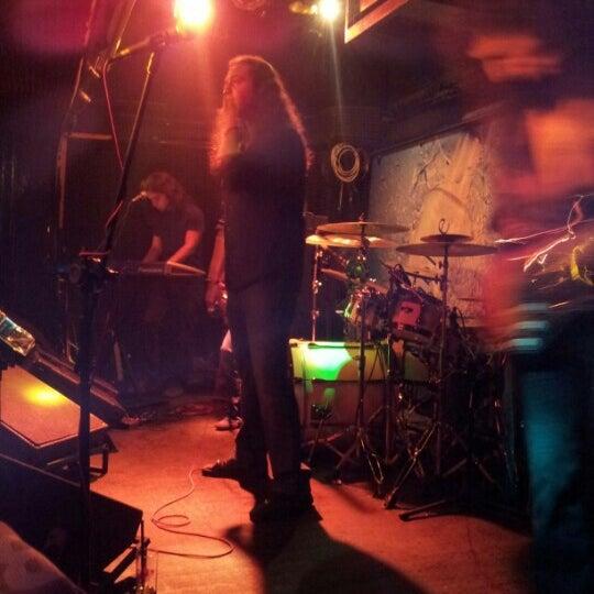 Das Foto wurde bei Dorock Heavy Metal Club von Ekin F. am 7/12/2012 aufgenommen