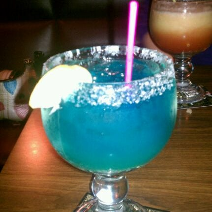 9/20/2011에 Kayla B.님이 Jerseys Bar & Grill에서 찍은 사진