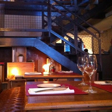 Photo prise au Restaurante Miya par M.L.F.T. A. le7/22/2012
