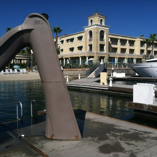 Photo prise au Balboa Bay Resort par A N. le8/15/2012